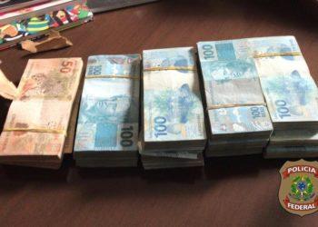Dinheiro apreendido na Operação Titereiro