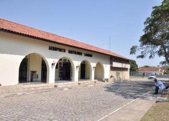 Aeroporto Bartholomeu Lyzandro