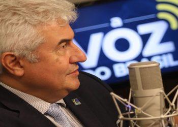 O ministro da Ciência e Tecnologia, Marcos Pontes, participa do programa A Voz do Brasil (Foto: Marcelo Casal JR. Agência Brasil)